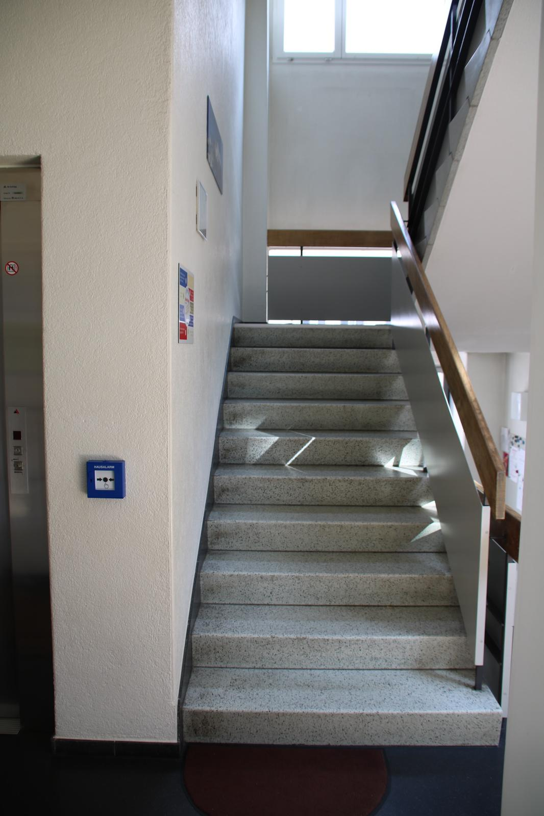 Referenz Schlüsseldienst Zürich Brandwarnanlage BEKA von Daitem Hausalarm Kindergarten Schule